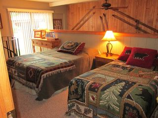 Copper Mountain condo photo - Queen and Twin beds on loft