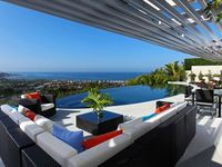 Architectural Masterpiece With Panoramic Ocean Views