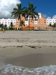 Hollywood Beach studio rental - Hollywood Beach Resort