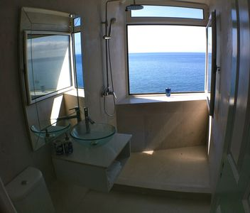 Surf Studio Bathroom with fantastic seaviews