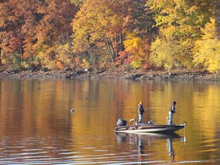 Lake Wallenpaupack townhome photo - Fall Fishing