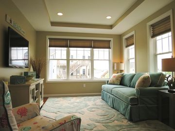 Wells condo rental - Delightful sunlit spacious living room feature a flat panel TV, DVD & WiFi.
