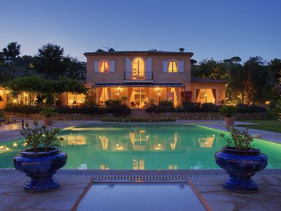 beautiful villa in Mougins élegante and 10 minutes from Cannes
