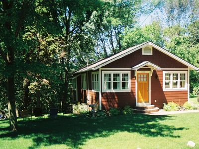Saugatuck / Douglas cottage rental - Front view of cottage
