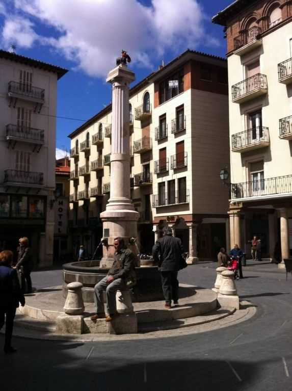 NEW DUPLEX LOCATED IN THE HEART OF TERUEL. PARKING