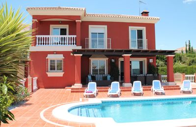 Located Between Alhaurin El Grande & Coin Private Pool, Table Tennis, Pool Table