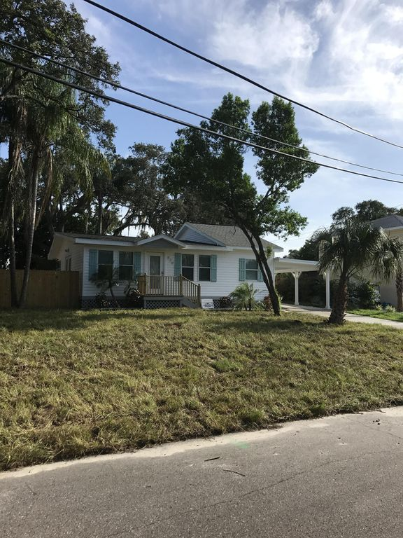 completely remodeled 2 bed 1 bath accommodates 4 + pet friendly in palmharbor