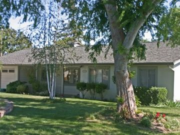 Santa Ynez chateau / country house rental - View from the circular drive