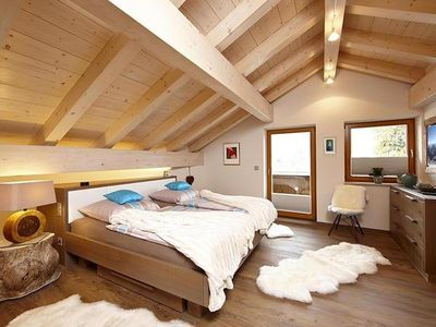Beautiful attic apartment with open roof - Hausbergblick Dachgeschoss