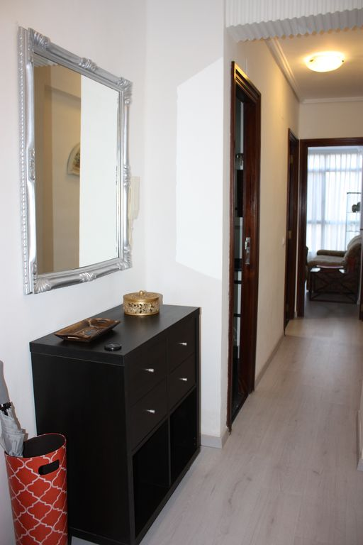 3/2 Newly Renovated Apartment. Renovated apartment 3/2 in 2015.