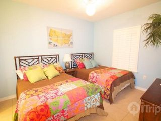 "Orange Beach condo photo - 2 full sized beds and 20"" flat screen TV"