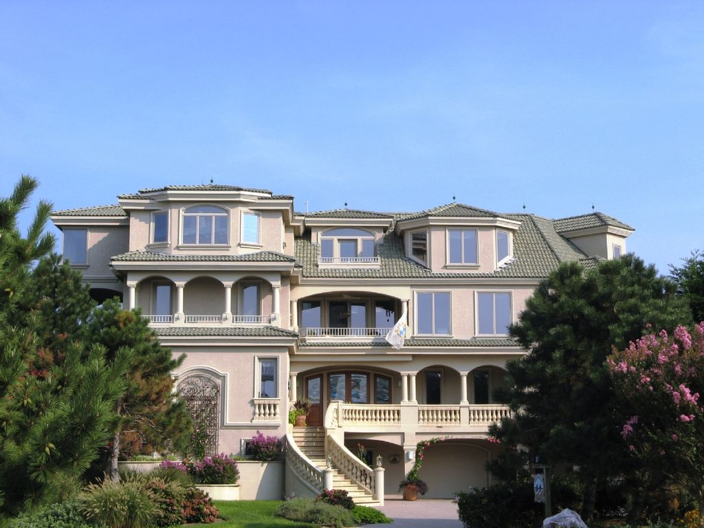 Top section c vacation rentals vrbo autos post for Large beach house