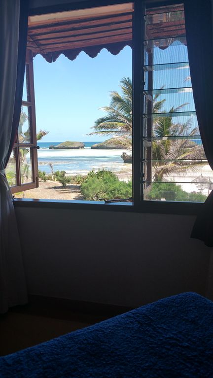Charming Beach apartment w/ staff SPECIAL OFFER AUGUST 2017