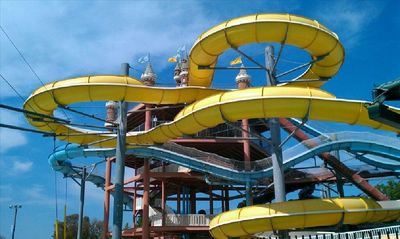 Just blocks away from the #1 water park in the world! Schlitterbahn.