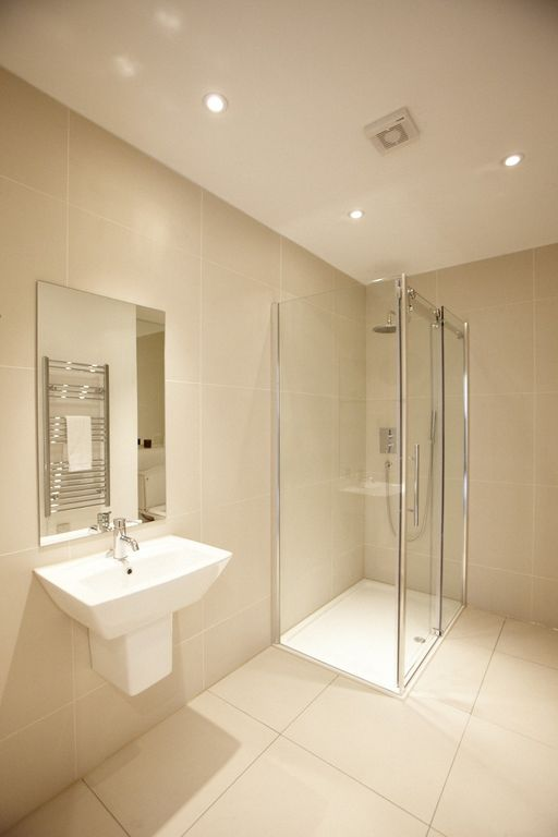 Modern and Spacious Shower Room