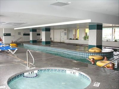 indoor lazy river, spa, kids pool