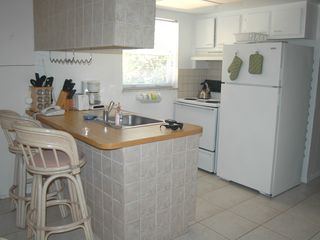 Pompano Beach apartment photo - Immaculate Kitchen