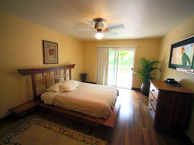 The first bedroom, comfortably provided with big-screen LCD TV, and lanai.