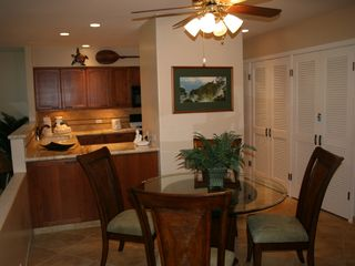 Kaanapali condo photo - Dining area that seats 4 with space for 6
