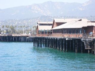 Santa Barbara studio photo - Pier with live music and restaurants fresh seafood