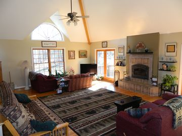 Woolwine estate rental - Great Room w/17' ceilings, Fireplace Extraordinaire, conversation pit-Lodge Look