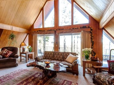 Owl Lodge Living Room with View of Tahoe National Forest Lands