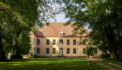 Magnificent château in Burgundy combining modernity and authenticity