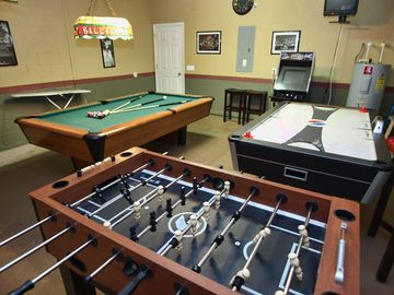 Seasons house rental - Ultimate Game Room with Video Arcade, Billards, Air Hockey Table, Foosball Table