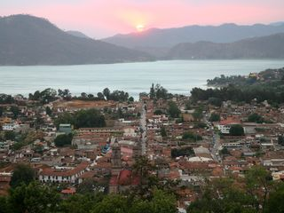 Valle de Bravo villa photo - View of town with sunset directly across lake