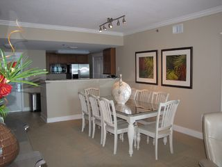 Fort Walton Beach condo photo - Dining area with seating for 8.