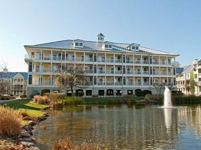 Luxury Condo - Bayside Resort, Wi-Fi, Pools, Docks, Piers, Bay Beach, cafe