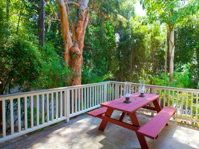 Hollywood villa rental - View of Picnic Area over Pool