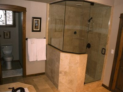 Mammoth Lakes townhome rental - Master Suite Steam Shower