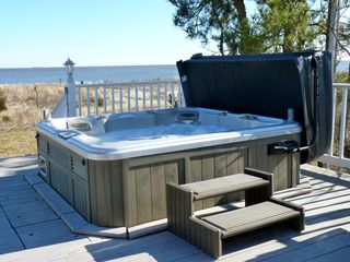 Slaughter Beach house photo - Relax in the hot tub with seating for up to six people