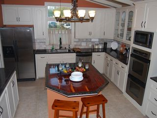 Rockport house photo - Custom Island stove top, DOUBLE Oven, Dishwshr, Ice Maker, filtered water-