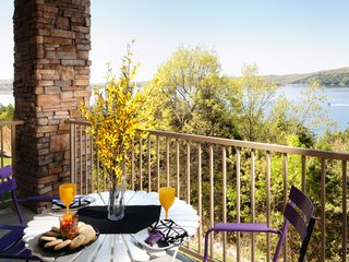 Branson condo photo - Covered deck: soak in the views and enjoy the breezes with your morning coffee!