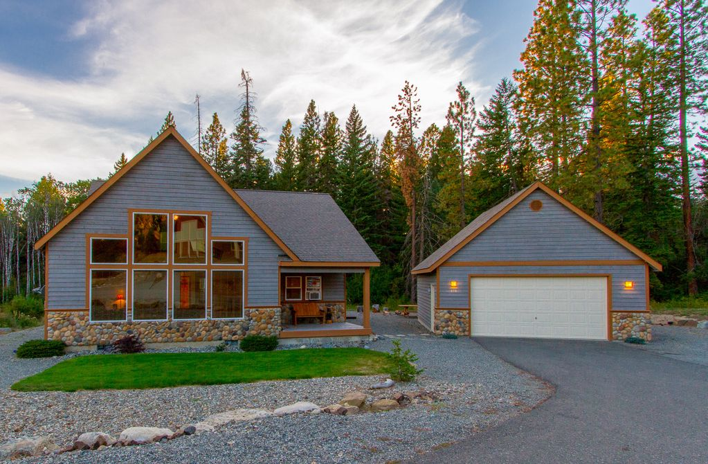 Lake cle elum holiday cabin free nights fantastic newer for Cle elum lake cabins