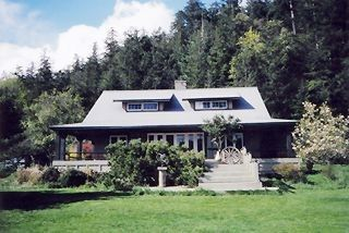 Pender Island house photo