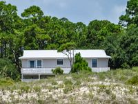 3BR/2BA Getaway On St George Island! $100 OFF ANY SUMMER WEEK!