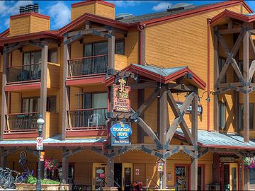 Breckenridge condo rental - Half a Block to Main Street and Slopes