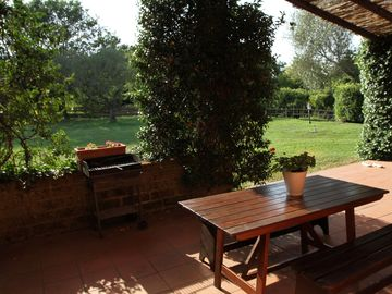 Veranda on the garden which communicate with the kitcken - Stalla piccola