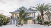 Beautiful Brand NEW Beach House!!!! Available for July 4th for 4000!