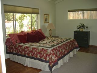 Sedona cottage photo - Bedroom - King Arrangement