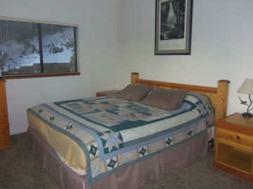 Master bedroom w/King. Very large room with lots of windows! TV w/DVD player.