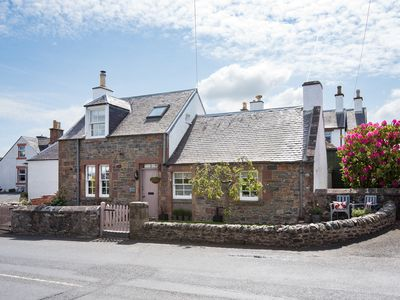 Boutique style luxury 2 bed period cottage for couples, families and friends