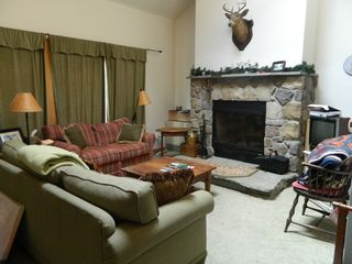 Carrabassett Valley condo photo - Upper unit: Living room