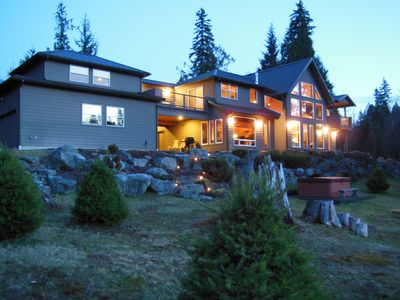 Cowlitz River Home -- Book For Fall & Winter - First Time Available for Winter!