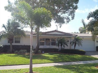 East Boca private home  Mizner Park  Best of Boca large yard