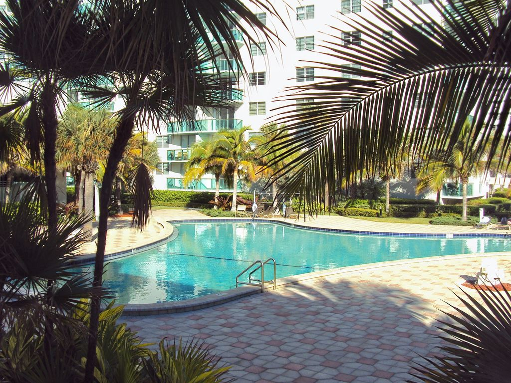 Condos At The Tides In Hollywood Florida Vrbo