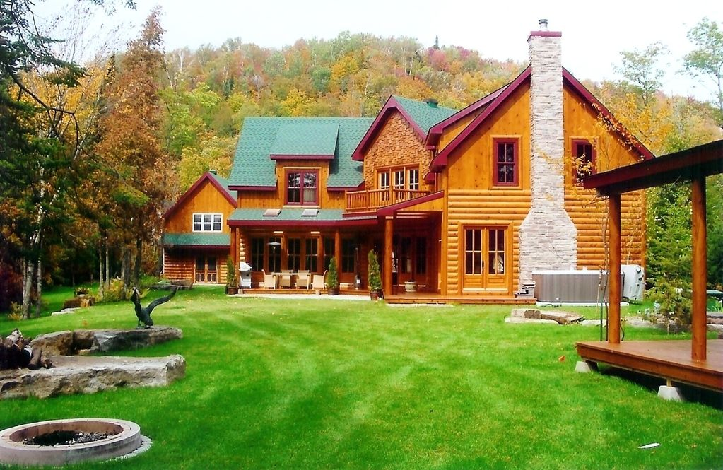Your dream log home by the lake in the laurentians homeaway saint adolphe d 39 howard - Small log houses dream vacations wild ...